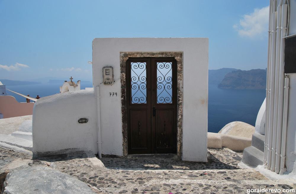 dveri-v-grecheskom-stile