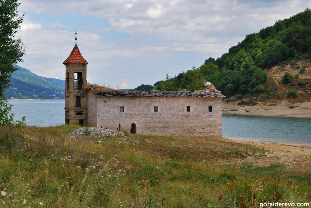 затопленная церковь Святого Николая