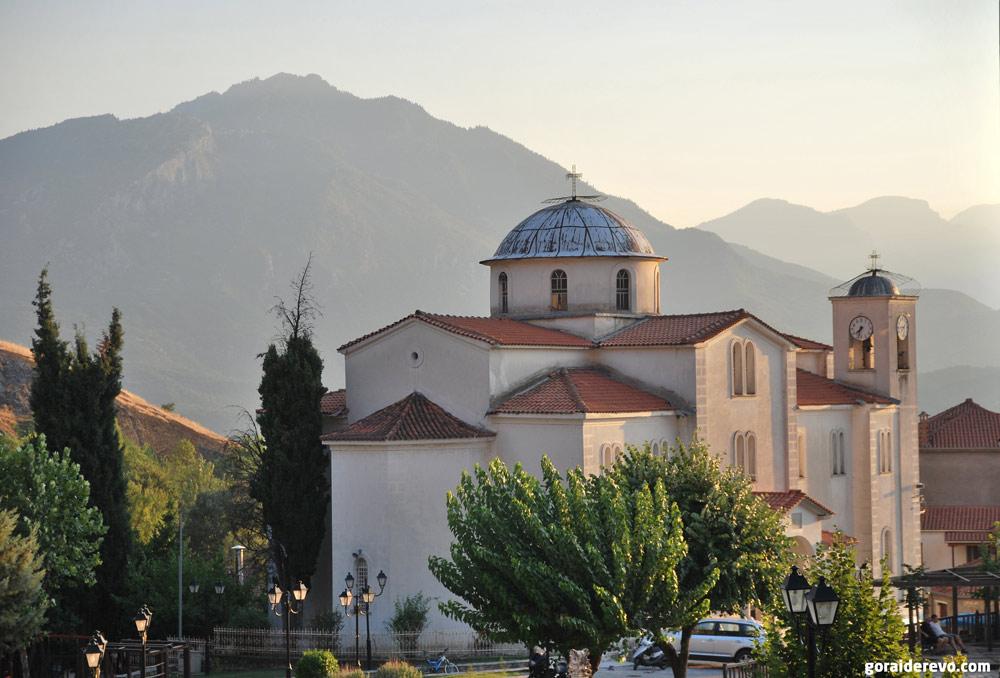 Кастраки церковь