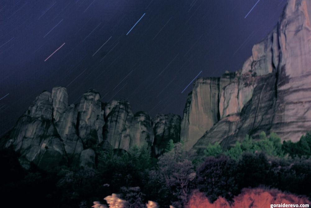 Метеоры ночью