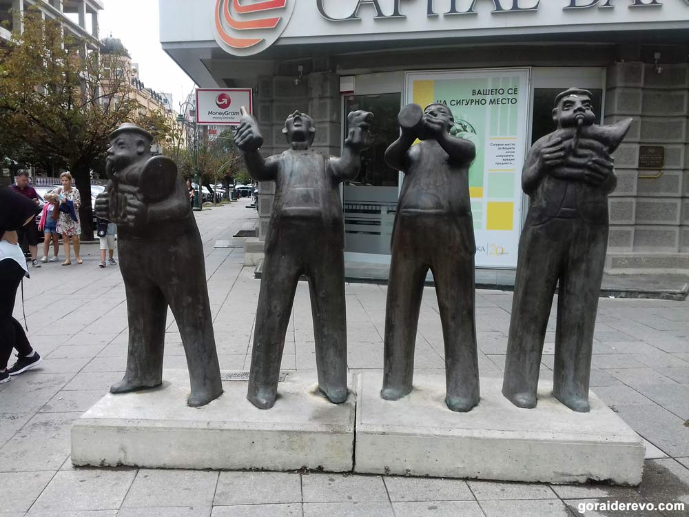Скопье памятники