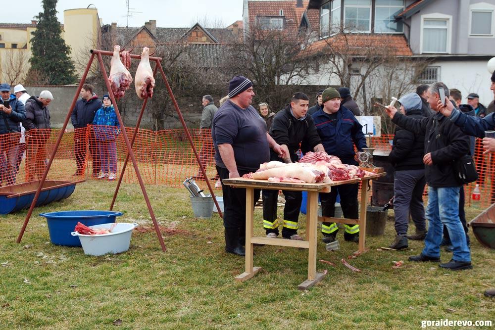 конкурс по изготовлению колбасы