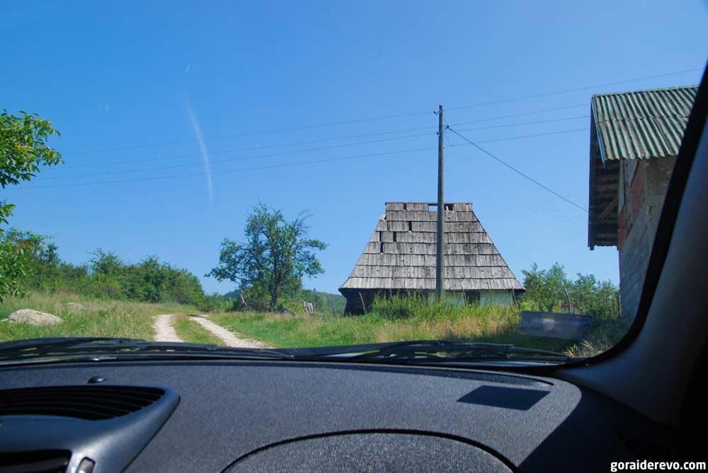 дорога к меандрам Чехотины