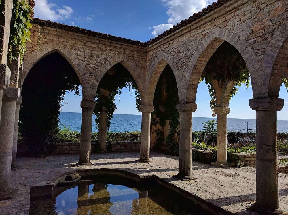 купальня дворец Балчик