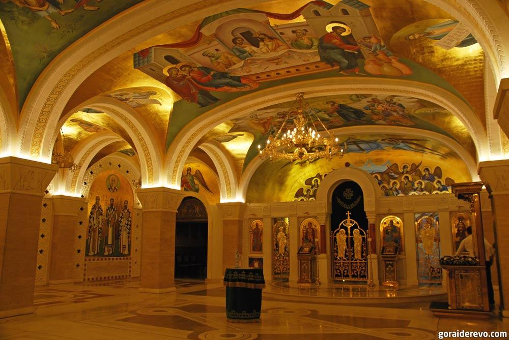 церковь князя Лазаря в крипте