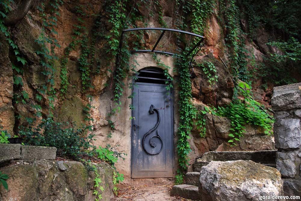 пещера деври с драконом